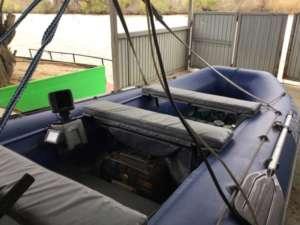 Монтаж акб в лодке